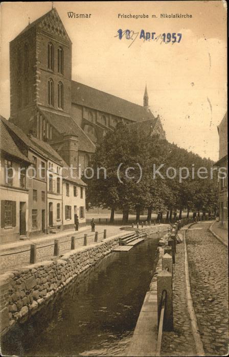 Wismar Mecklenburg Vorpommern Wassergraben Nikolaikirche / Wismar /Wismar Stadtkreis