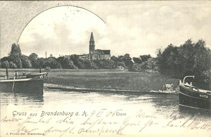 Brandenburg Havel Fischerboote auf der Havel und Blick zum Dom Kat. Brandenburg