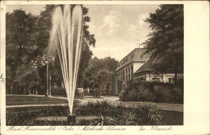 Bad Freienwalde Partie im Kurpark Fontaene Kat. Bad Freienwalde