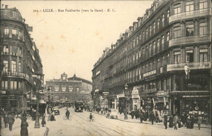 Lille Rue Faidherbe Strassenbahn x