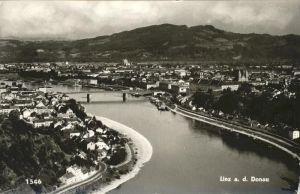 Linz Donau Panorama mit Donau Bruecke Kat. Linz