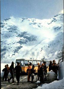 Simplon VS Passhoehe mit Skifahrern / Simplon /Rg. Brig