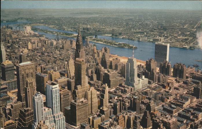 New York City Empire State Building Manhatten Chrysler Building United Nations Building East River Bridge / New York /