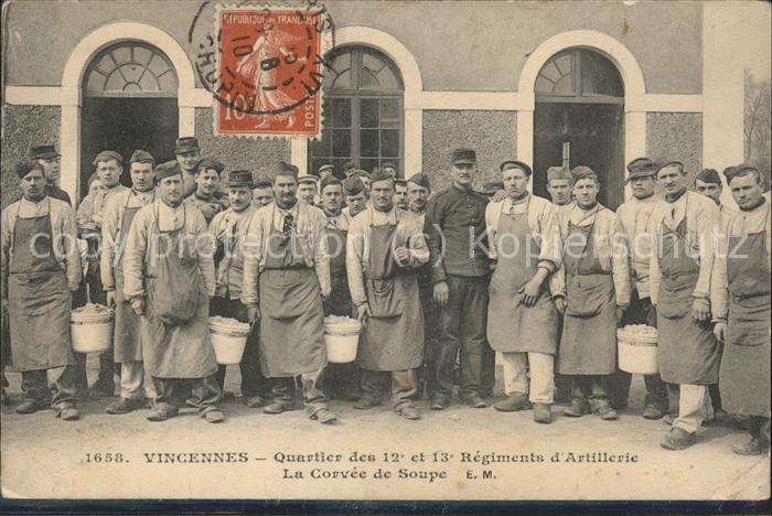 Vincennes Quartir des 12 et 13 Regiments d Artillerie La Corvee de Soupe Kat. Vincennes