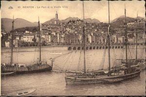 Menton port et la Vieille Ville Schiff