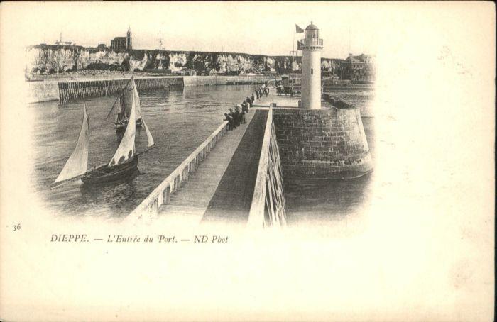 Dieppe Entree du Port *