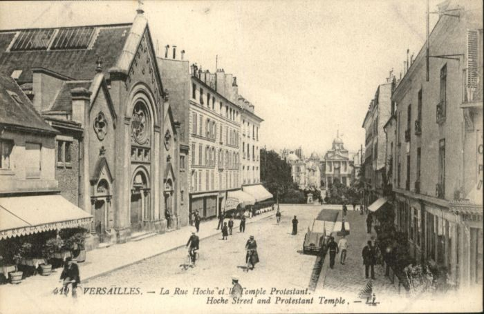 Versailles la Rue Hoche le Temple Protestant *