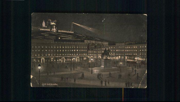 Lyon Le 8 Decembre x