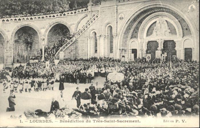 Lourdes Benediction du Tres-Saint-Sacrement *