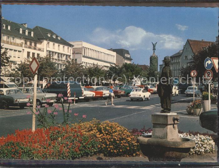 Siegburg Markt Madonnenfigur Marktbrunnen / Siegburg /Rhein-Sieg-Kreis LKR