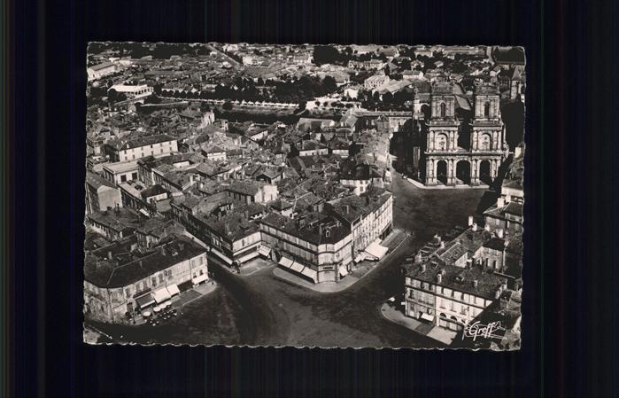 Auch Gers La Place de la Mairie Basilique Sainte Marie Kat. Auch