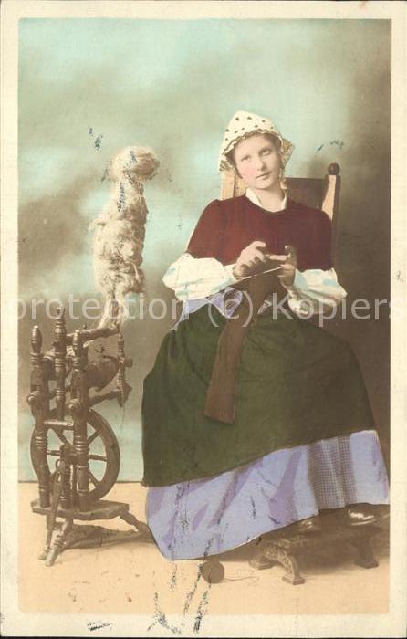 Handarbeit haekeln Spinnrad Frau Tracht Kat. Handarbeit