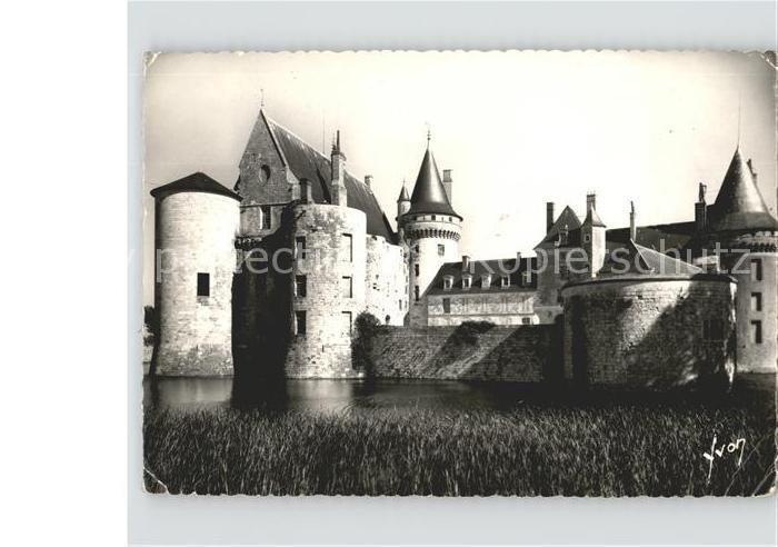 Sully sur Loire Le Chateau feodal Kat. Sully sur Loire