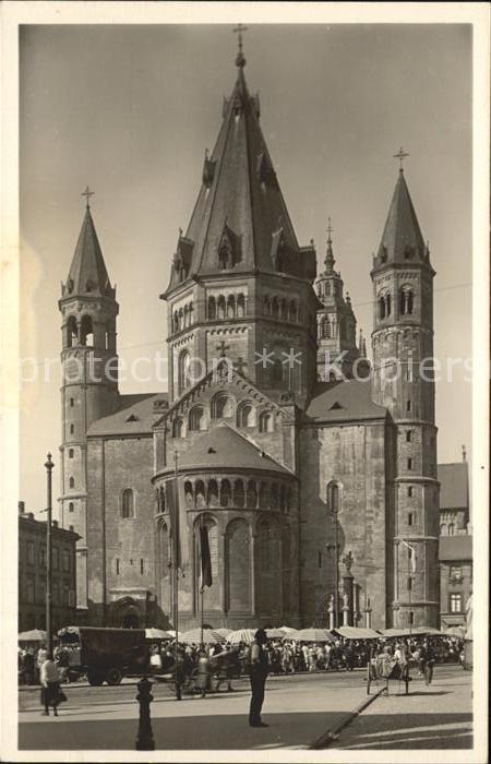Mainz Rhein Blick vom Liebfrauenplatz auf den Dom / Mainz Rhein /Mainz Stadtkreis