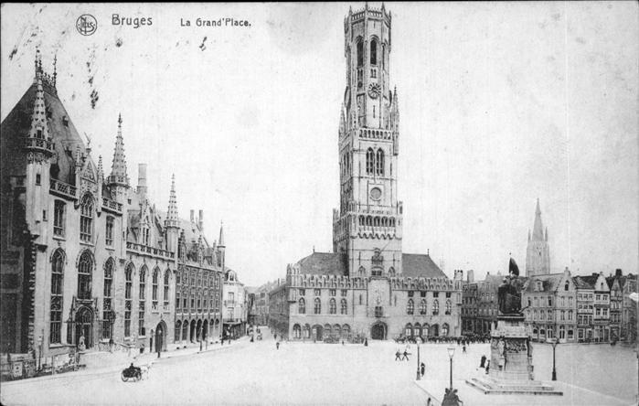 hw11719 Bruges Flandre Grand Place Kategorie.  Alte Ansichtskarten