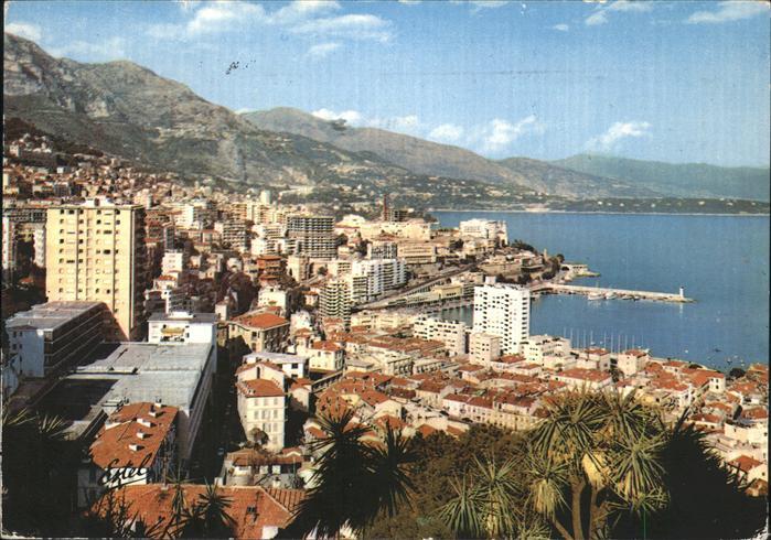 Monaco Port et vue generale sur Monte Carlo Port Kat. Monaco