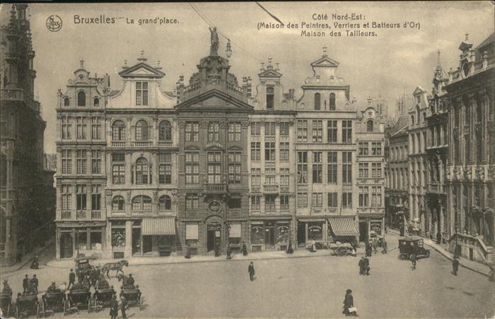pw27757 Bruxelles Bruessel La Grande Place Cote Nord Est Maison des Peintres Verriers et Batteurs d Or Maison des Tailleurs Kategorie.  Alte Ansichtskarten