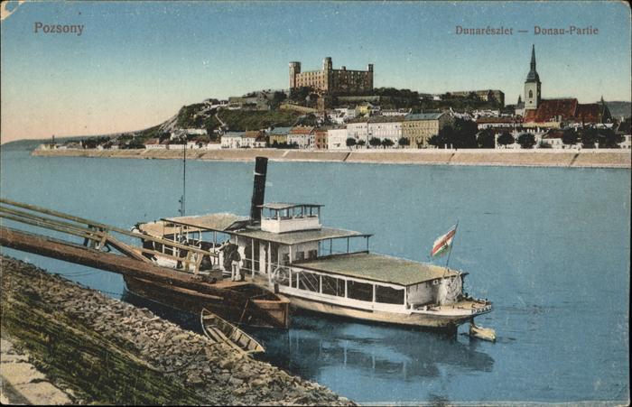 Bratislava Donau Partie Dampfer Pressburg / Polen /Polen