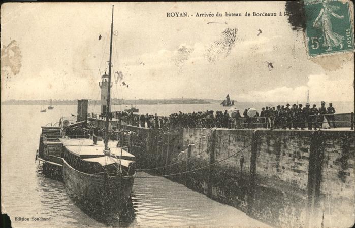 Royan Charente-Maritime Arrivee du bateau de Bordeaux / Poitiers-Charentes /Arrond. de Poitiers
