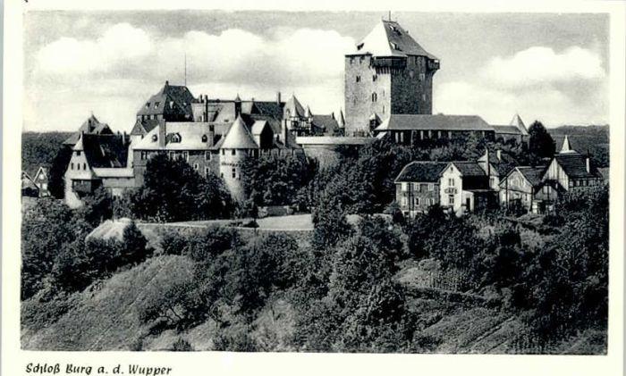 Burg Eifel Burg Eifel Schloss Burg * / Burg /Eifelkreis Bitburg-Pruem LKR