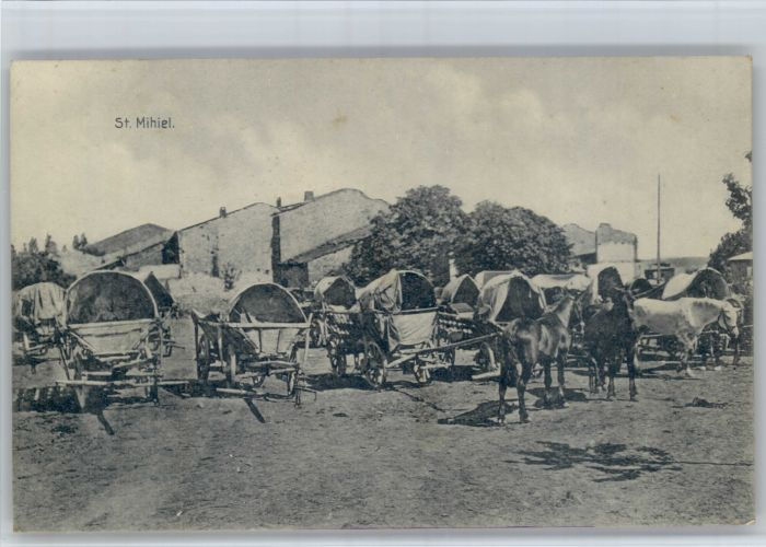 Saint-Mihiel Saint-Mihiel Pferde * / Saint-Mihiel /Arrond. de Commercy