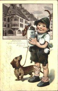 Muenchen Hofbraeuhaus Junge mit Bier und Hund / Muenchen /Muenchen LKR