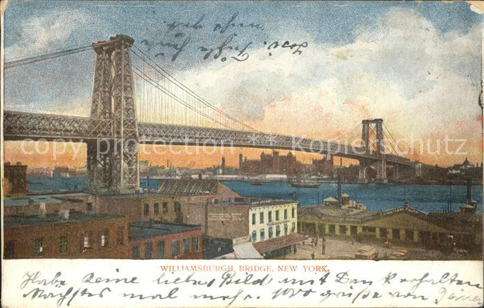 New York City Williamsburg Bridge East River / New York /