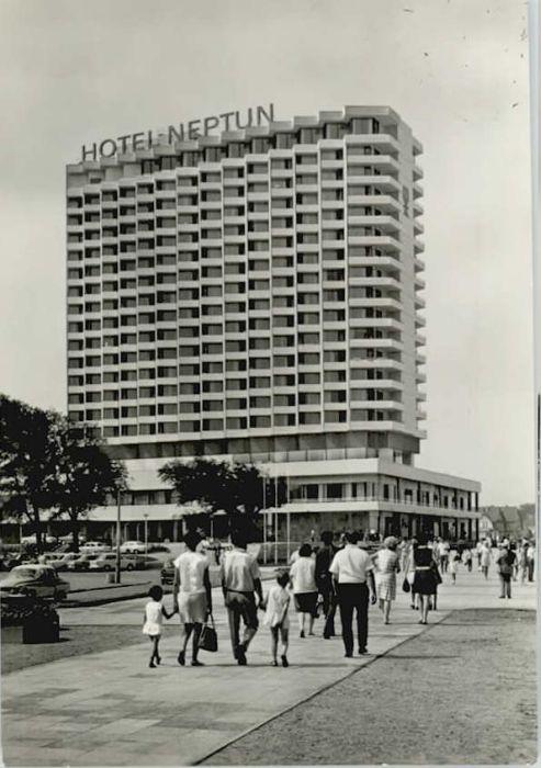 Warnemuende Ostseebad Warnemuende Rostock Hotel Neptun  x / Rostock /Rostock Stadtkreis