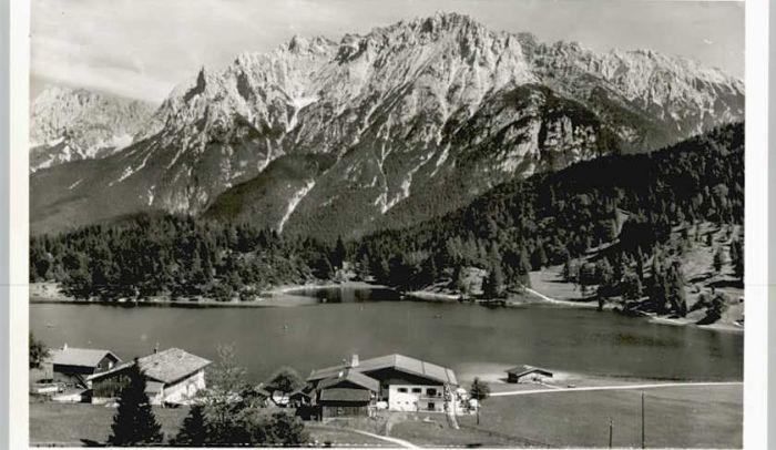 Mittenwald Bayern Mittenwald Lautersee Karwendel * / Mittenwald /Garmisch-Partenkirchen LKR