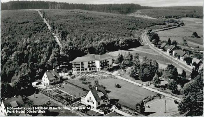 Neuhaus Solling Neuhaus Solling Park Hotel Duesterdiek Fliegeraufnahme  x / Holzminden /Holzminden LKR