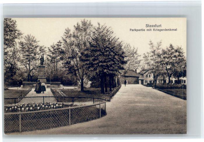 Stassfurt Stassfurt Park Krieger Denkmal  * / Stassfurt /Salzlandkreis LKR