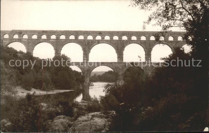 Vers Pont du Gard Le Pont du Gard Viaduc Kat. Vers Pont du Gard