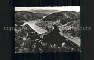Schoenbuehel Aggsbach Panorama mit Burgruine Aggstein Donau Wachau Kat. Schoenbuehel Aggsbach