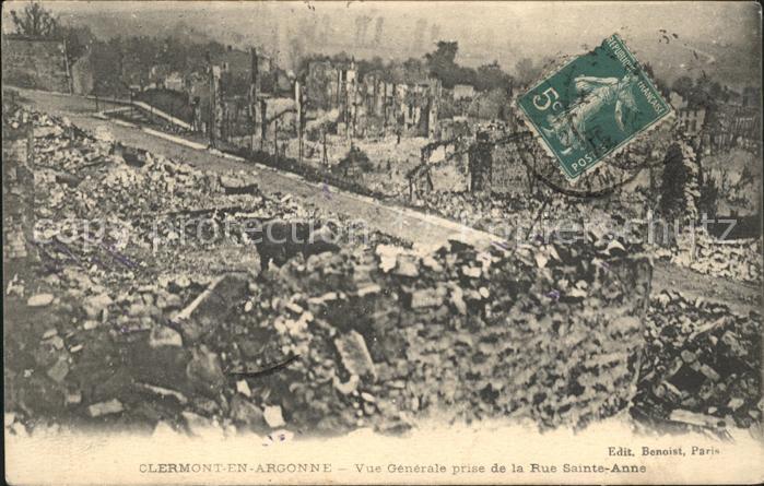 Clermont-en-Argonne Vue generale prise de la Rue Sainte Anne Grande Guerre Truemmer 1. Weltkrieg / Clermont-en-Argonne /Arrond. de Verdun