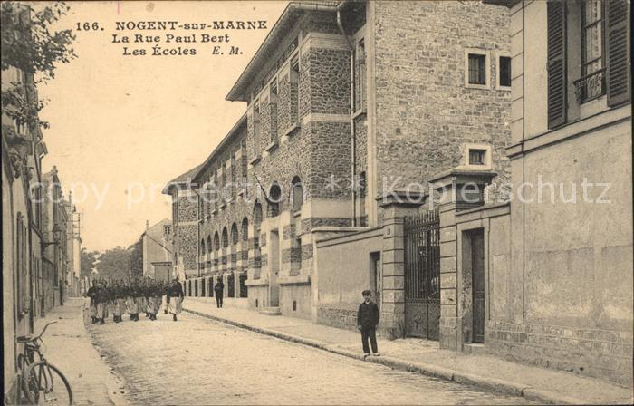 Nogent-sur-Marne Rue Paul Bert Les Ecoles Militaire / Nogent-sur-Marne /Arrond. de Nogent-sur-Marne