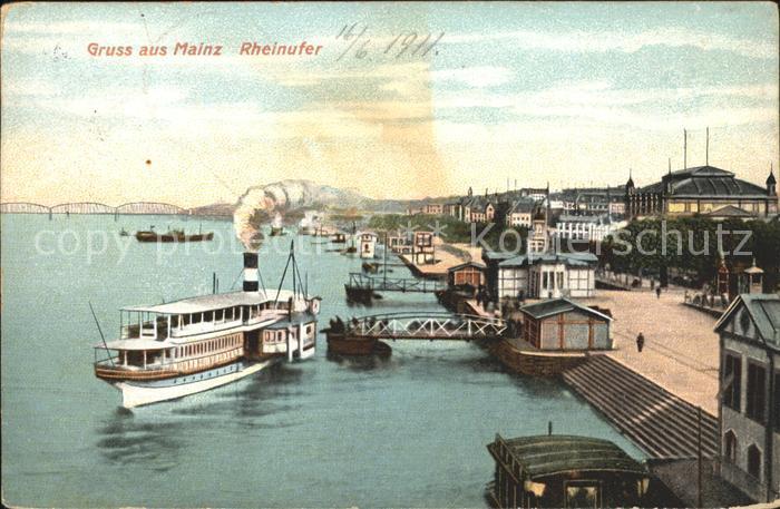 Mainz Rhein Rheinufer Dampfer Anlegestelle / Mainz Rhein /Mainz Stadtkreis