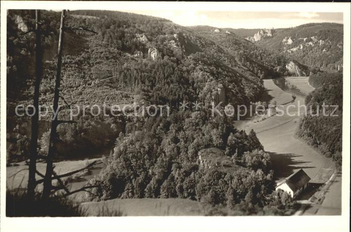 Beuron Donautal Blick von Ruine Kallenberg auf Scheuerleshof Schloss Bronnen / Beuron /Sigmaringen LKR