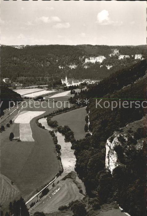 Beuron Donautal Blick vom Kopfmacherfelsen auf Kloster Beuron / Beuron /Sigmaringen LKR