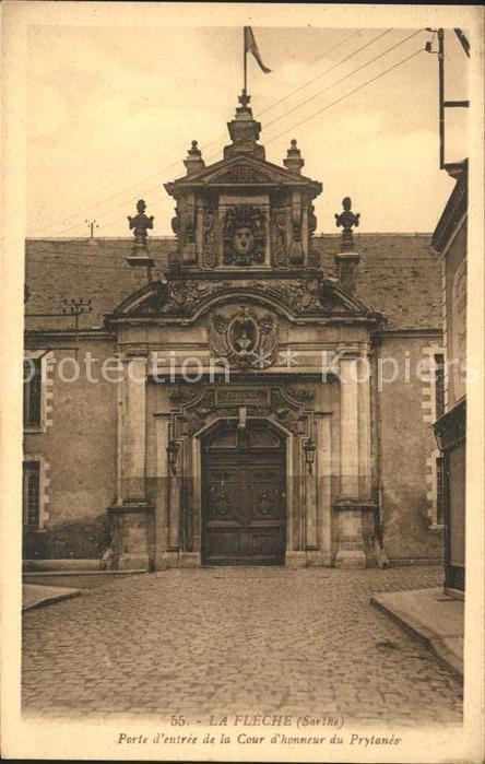 La Fleche Porte entree Cour hommeur du Prytance Kat. La Fleche