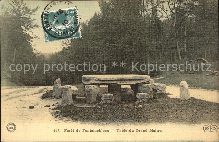Fontainebleau Seine et Marne Foret de Fontainebleau Table du Grand Maitre Stempel auf AK Kat. Fontainebleau