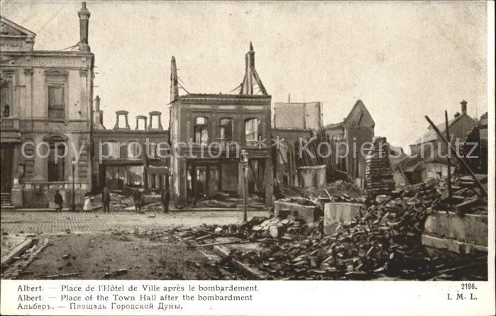 Albert Somme Place de l Hotel de Ville apres le bombardement Grande Guerre Truemmer Kat. Albert