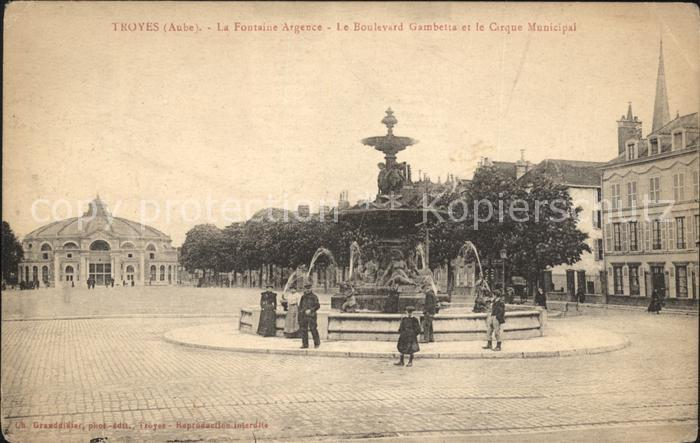 Troyes Aube Fontaine Argence Boulevard Gambetta Cirque Municipal Kat. Troyes