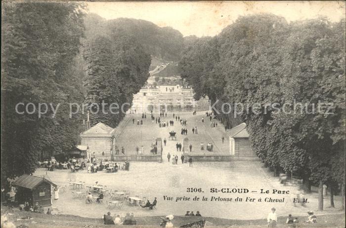 Saint Cloud Hauts de Seine Le Parc vue prise de la Pelouse du Fer a Cheval Kat. Saint Cloud