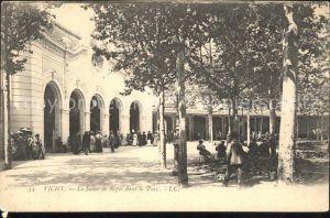 Vichy Allier Salon de Repos dans le Parc Kat. Vichy