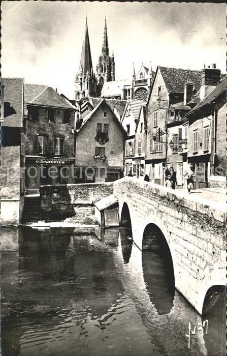 Chartres Eure et Loir Vieux Pont sur l Eure vieilles maisons Cathedrale Kat. Chartres