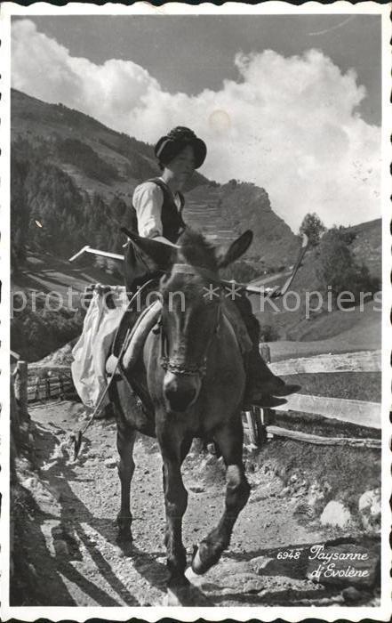 Evolene Frau auf Pferd Kat. Evolene