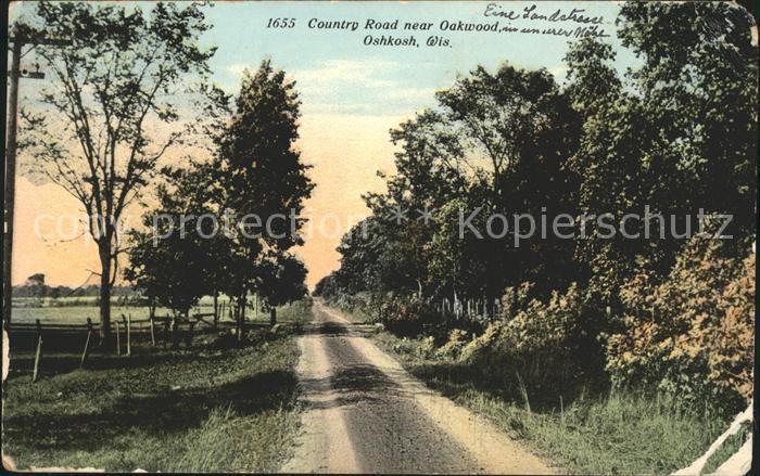 Oshkosh Wisconsin Country Road near Oakwood Kat. Oshkosh