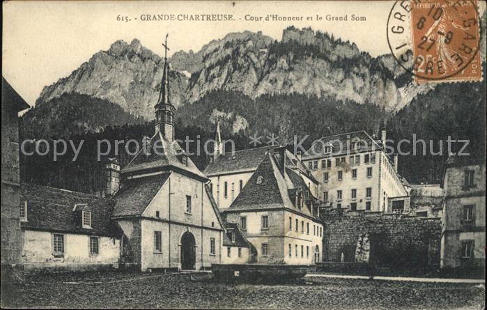 Saint Pierre de Chartreuse Isere Grande Chartreuse Cour d Honneur Grand Som Kloster Kat. Saint Pierre de Chartreuse