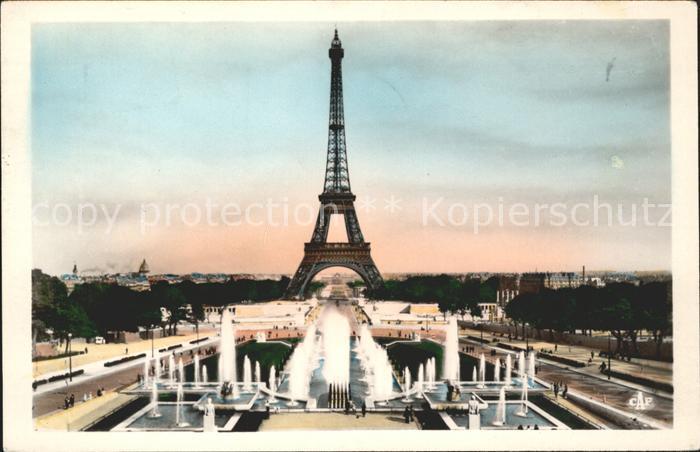 Eiffelturm La Tour Eiffel Paris Fontaines du Palais de Chaillot  Kat. Paris