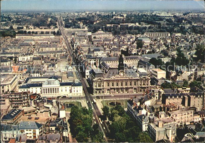 Tours Indre et Loire Fliegeraufnahme Place Jean Jaures Rue Nationale Kat. Tours